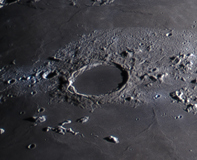 L83 Plato craterlets Crater pits at limits of detection (Mark Phillips)