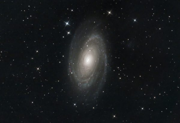 """M81 (Mark Phillips) on a windy night Guiding was surprisingly good while the dome pointed away from the wind < 0.5"""". 250mm f4.8 Newtonian, MPCC, QHY168C @-15°C 10/50 g/o 25x240s, darks, flats, bias NINA, APP, Photoshop, Topaz Denoise AI"""