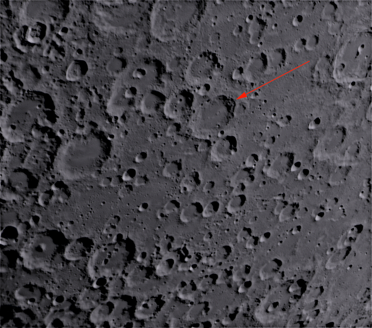 L55 BacoL55 Unusually smooth crater floor and surrounding plains (Radim Stano)