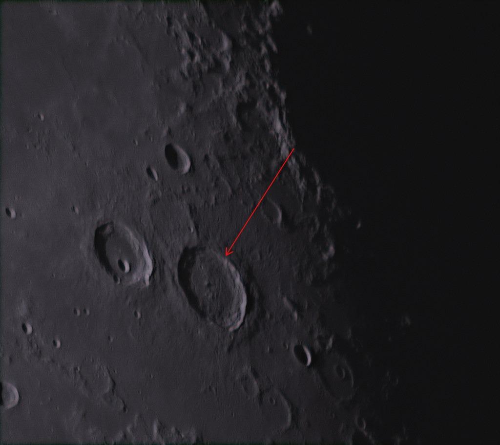L72 Atlas dark-halo craters Explosive volcanic pits on the floor of Atlas (Radim Stano)